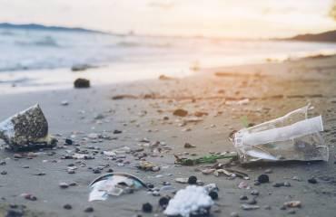 Lágrimas de sirena, la contaminación que 'no vemos' en nuestros océanos